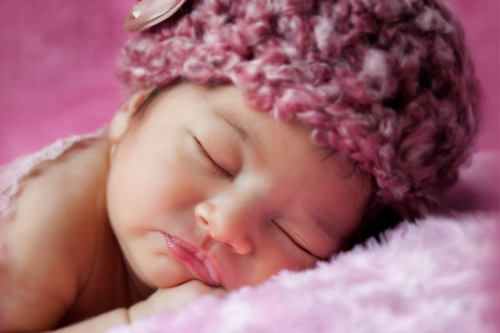 Bebé con sombrero
